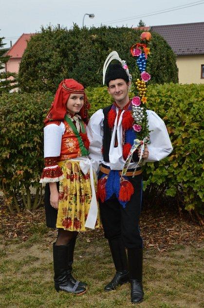 Soutěžní pár číslo 3 - Alžběta Lyková a Aleš Viktora, mladší stárci na hodech vPopovicích 1.–2. října