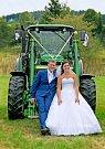 Soutěžní svatební pár číslo 133 - Lucie a Michal Chrástečtí, Hovězí