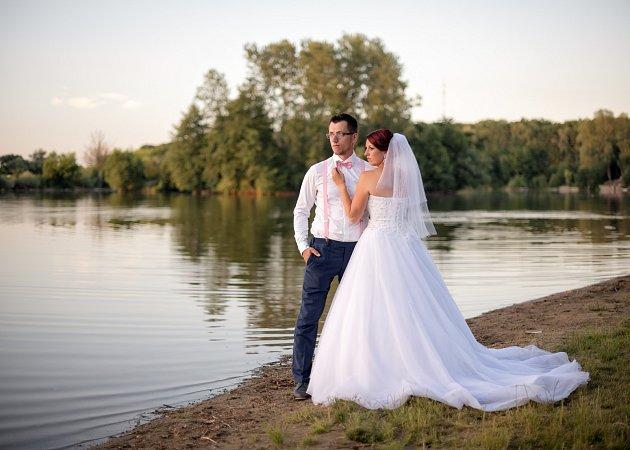 Soutěžní svatební pár číslo 24 - Zuzana a Marek Vojtáškovi, Žlutava