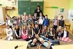 Prvňáci ze ZŠ Sportovní v Uherském Hradišti, třída 1. B paní učitelky Pavly Gajdošové.