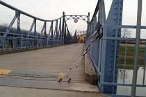 Most v Kostelanech nad Moravou. Ilustrační foto.