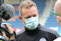 Také trenér Slovácka Martin Svědík čeká na zlepšení situace ohledně koronaviru, rozvolnění vládních opatření a pokračování FORTUNA:LIGY.