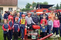 Dobrovolní hasiči ze Šumic.