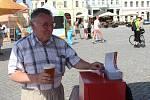 Na premiérovém ročníku Hradišťského piváku testoval pivovar Jarošov dva druhy ležáků. Návštěvníci svými hlasy rozhodovali, který se nakonec bude vařit.