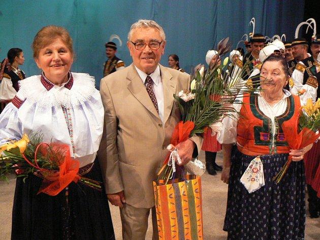 Horymíru Sušilovi popřály Vlasta Grycová (vlevo) a Jarmila Šuláková.