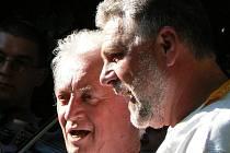 Mnohé akce na Horňácku připravuje Antonín Vrba (vpravo). Na snímku s Martinem Hrbáčem.