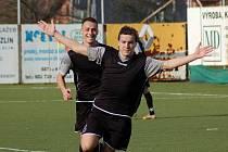 Fotbalista Michal Lahodný, který přišel na Širůch ze Slovácka C, se při premiéře ve žlutomodrém dresu blýskl hattrickem.