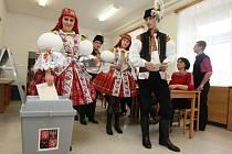 Takto v roce 2013 volila hodová chasa v Kněžpoli. Ilustrační foto.