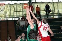 V nedělním utkání s Karvinou byli basketbalisté Uherského Brodu o krůček pozadu.