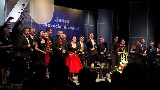 Sobotní galavečer k 70. narozeninám Slováckého divadla.