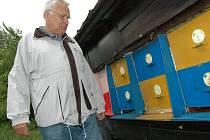 Devětašedesátiletý František Nešpor je od roku 2005 také jednatelem okresního výboru Českého svazu včelařů Uherské Hradiště.
