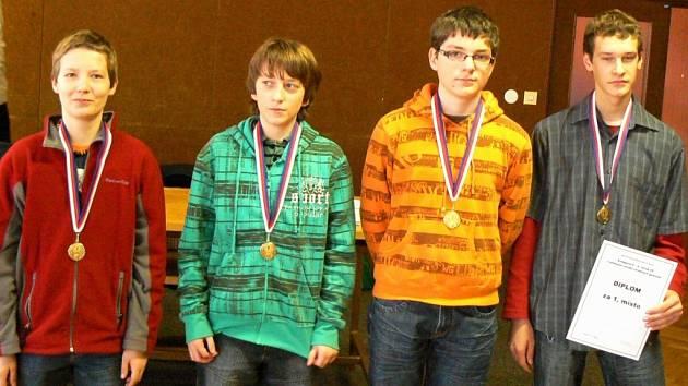 V kategorii 6.–9. ročník s přehledem triumfovali mladí šachisté ze ZŠ Boršice.