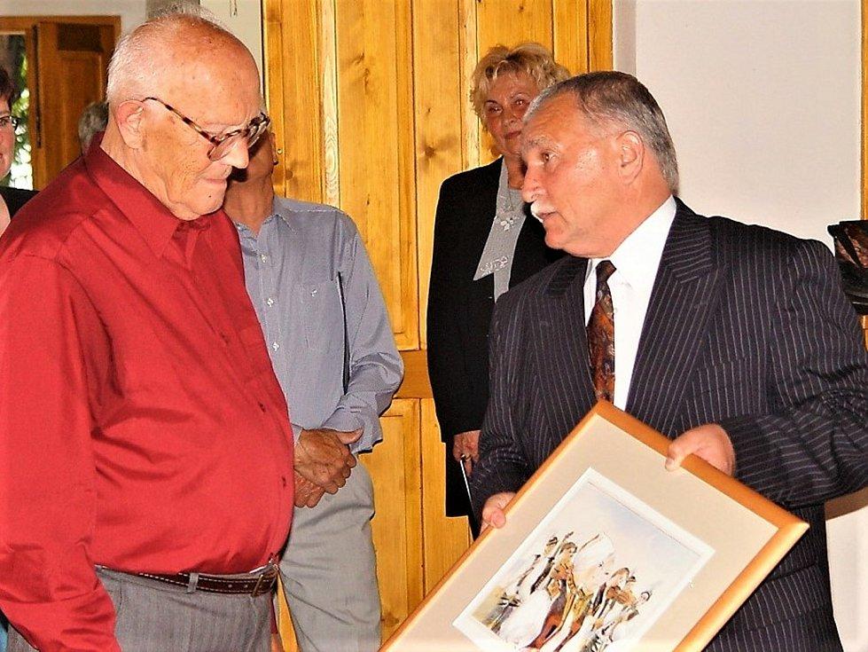 Jaroslav Zapletal, tak jak jsme ho znali, v centru kulturního života v našem regionu.