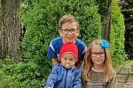 Děti posílaly v době dálkové výuky do školy fotopozdravy.