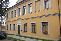 Matky s dětmi ubytovává azylový dům ve Véskách.