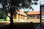 Hájenka a hospodářské budovy pod Buchlovem procházejí doslova zemětřesením. Od října budou sloužit jako muzeum lesnictví a myslivosti.