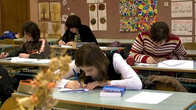 Do soutěže Basiclingua se zapojilo jedenadvacet škol Zlínského kraje.