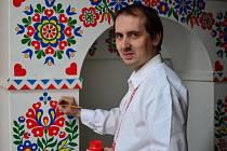Vladimír Šácha se ornamenty zabývá už téměř 20 let.