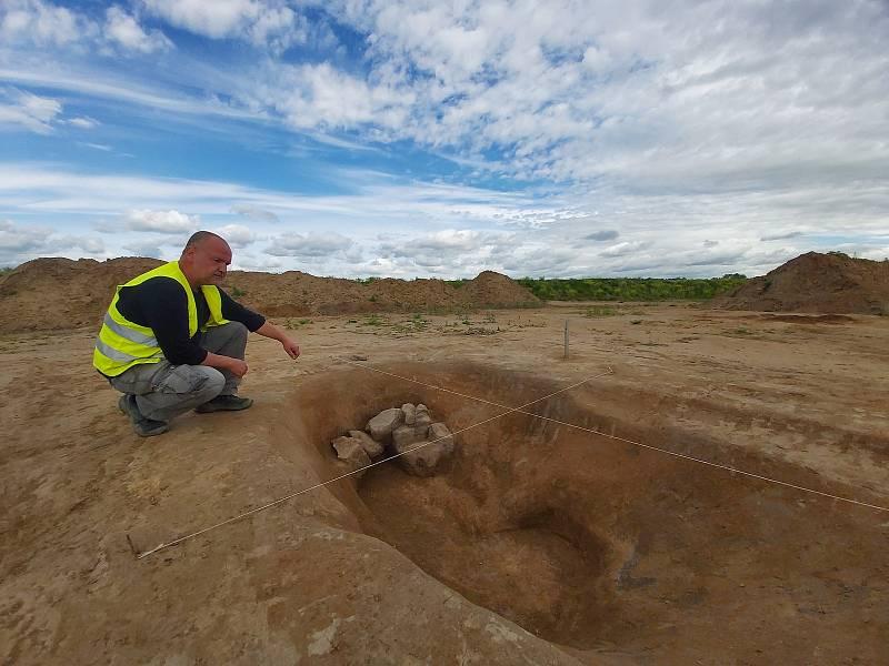 Archeologický výzkum v  úseku budoucí dálnice D55 mezi Babicemi a Starým Městem