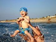 9. RAYÁNEK. Skákání na vlnách je největší zábava.