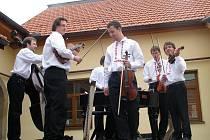 Cimbálová muzika Ohnica v Mařaticích