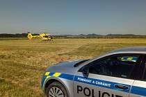 Hlášení o pádu letadla mezi Jalubím a Velehradem zalarmovalo v sobotu 19. června ráno všechny složky Integrovaného záchranného systému (IZS) Zlínského kraje.