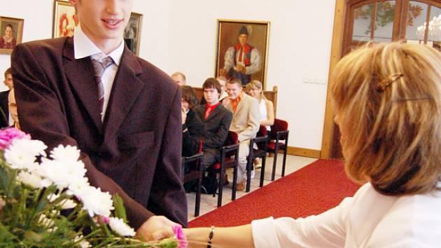 Slavnostní ukončení školy.