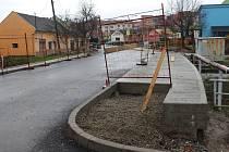 Oprava ulice Boršická v Hluku.