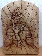 Mladý umělec z Boršic u Blatnice nabídl v aukci, která má pomoci charitě, dřevěný reliéf znázorňující tančícího slováckého šohaje.