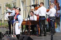 Program mikroregionu Dolní Poolšaví se konal u obchodní akademie.