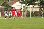 Uherský Brod - Hodonín 2:2 (0:1) Uherský Brod (v červeném).