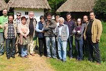 SETKÁNÍ. Vedoucí skupin, souborů a muzik z moravských Kopanic se sešli ve Strážnici.