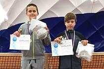 Tenista TC Staré Město Michal Kozumplík (vpravo) se na krajském přeboru mladších žáků probojoval do semifinále čtyřhry. Hrál s Tadeášem Koplíkem z LTC Hodonín.