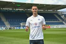 Mladý fotbalista Marko Merdovič z Černé Hory se stal první letní posilou Slovácka.