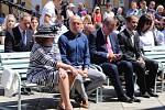 Národní cyrilometodějská pouť před velehradskou bazilikou 5. července 2020. Na snímku vlevo Livie Klausová se synem Václavem Klausem.