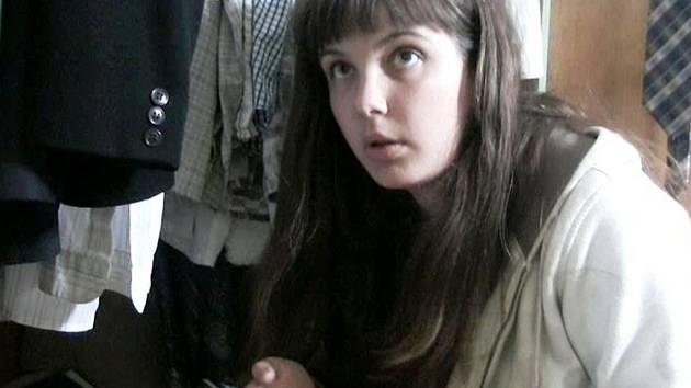 Šárka Plášková vyšetřuje ve snímku smrt, která se jí nejprve netýká, pak se ale situace změní.