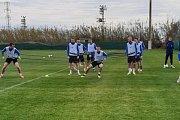 Fotbalistům Slovácka závěr kondičního soustředění v tureckém Beleku zpestří dvojice přípravných utkání.