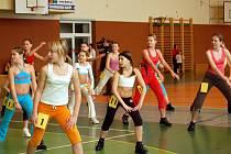 Novoroční aerobic show se konala za účasti stovky dětí v hradišťské sportovní hale.