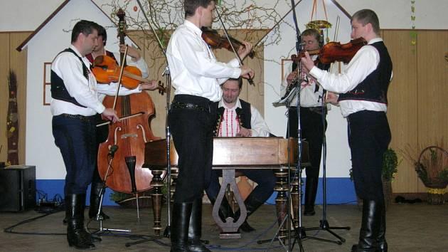 Jubilanti z cimbálové muziky Kapka.
