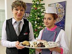 VÁNOČNÍ PEČENÍ. Do tajů pečení vánoční zákusků zasvětí ve Slováckém muzeu budoucí cukrářky i jejich kantorky.