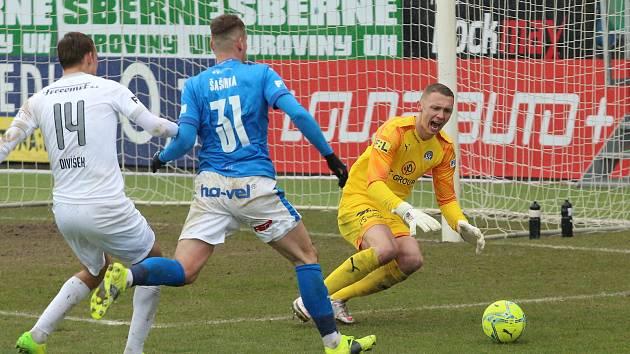Brankář Slovácka Vít Nemrava inkasoval v Mladé Boleslavi čtyři góly.