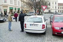 Šoféři v Hradišti prý na přítomnost strážníků v ulicích slyší víc než dobře.