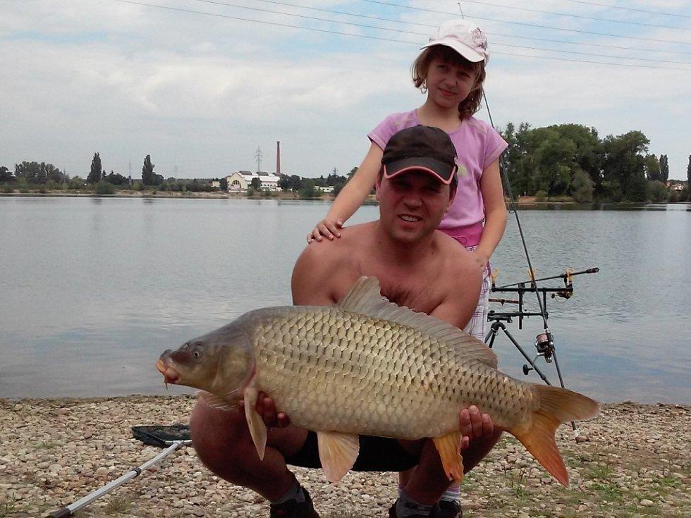 Soutěžní číslo 140 - Pavel Škrobánek, kapr, 90 cm, 13 kg.