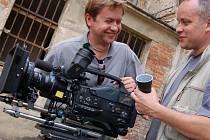 V někdejším uherskohradišťském kriminálu začal televizní štáb natáčet už ve středu.