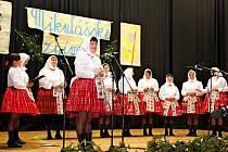 16. ročníku Mikulášského zpívání se v Nedakonicích zúčastnila bezmála stovka zpěváků a zpěvaček.
