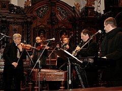 Štěpánský koncert velehradskébazilice si nenechalo ujít šest stovek lidí.