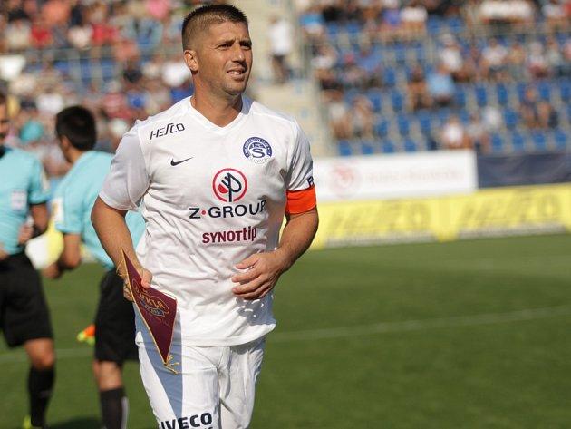 Kapitán mužstva Veliče Šumulikoski