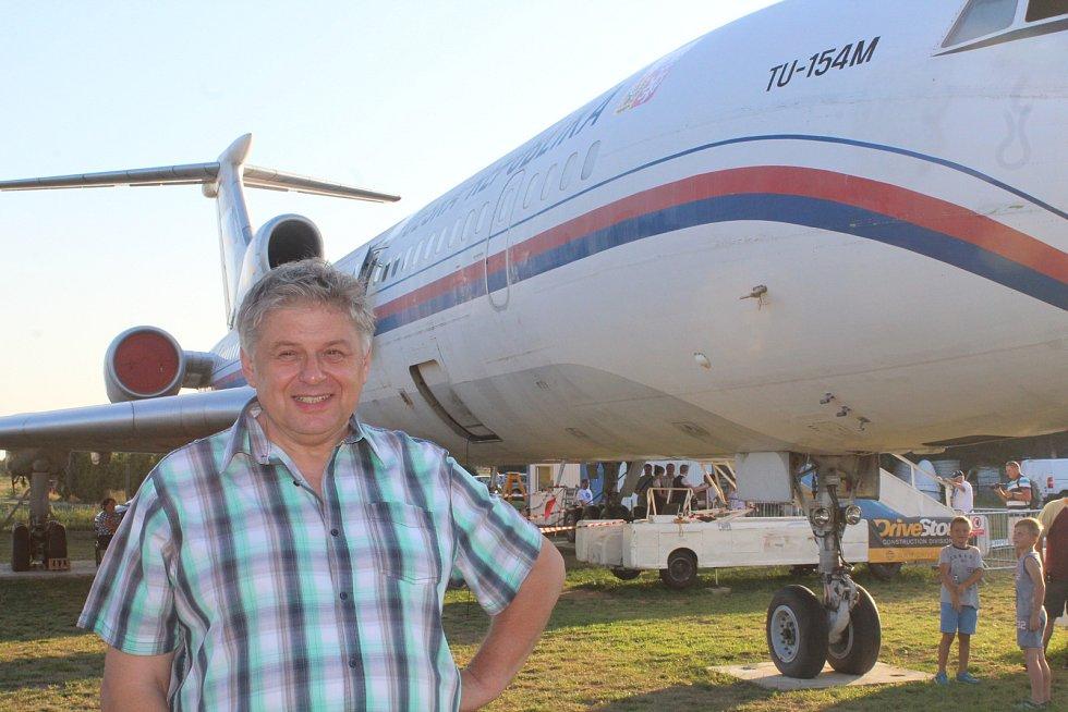Karel Burger byl u zrodu myšlenky záchrany Naganského expresu a nechyběl ani při oslavách jeho konečného sestrojení a otevření veřejnosti v Leteckém muzeu v Kunovicích.