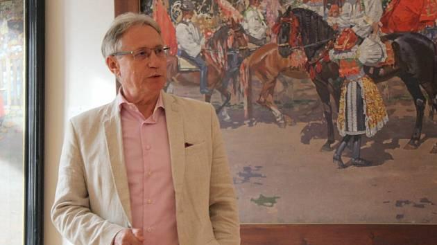 Mimořádným uměleckým zážitkem byla v pátek 25. června v Galerie Joži Uprky v Uherském Hradišti slavnostní prezentace trojice básnických sbírek slovenského básníka a spisovatele literatury faktu Jozefa Leikerta (na snímku).