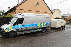 Ve Finské čtvrti ve Starém Městě zasahuje kriminálka